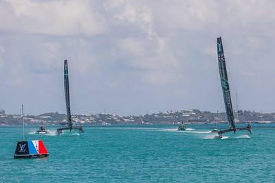 land rover bar vs artemis racing