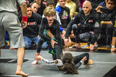 Ammo Grappling 009