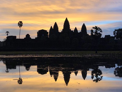 Angkor Wat at Sunrise (Sunrise Trip 1) (iPhone)