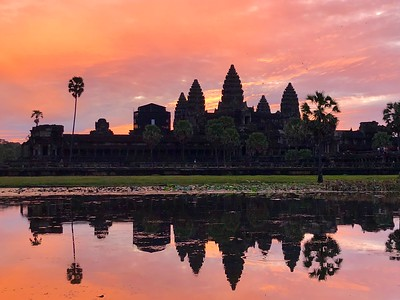 Angkor Wat at Sunrise (Sunrise Trip 2) (iPhone)