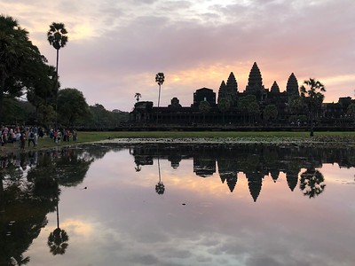 Angkor Wat at Sunrise (Sunrise Trip 2) (iPhone) and some of the tourists on the northern shore of the reflection pond