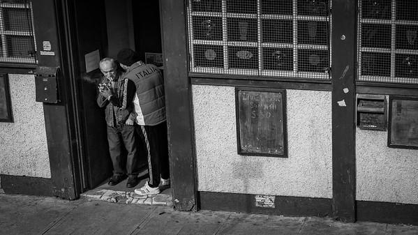 Exchange at the Whistlin Kirk, Glasgow