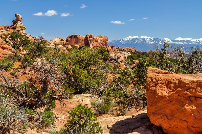Balance Boulders & the La Sal Mountains