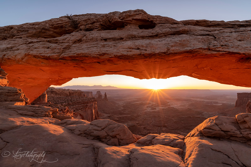 Mesa Arch - Canyonlands National Park, Island in the Sky District, UT 2018