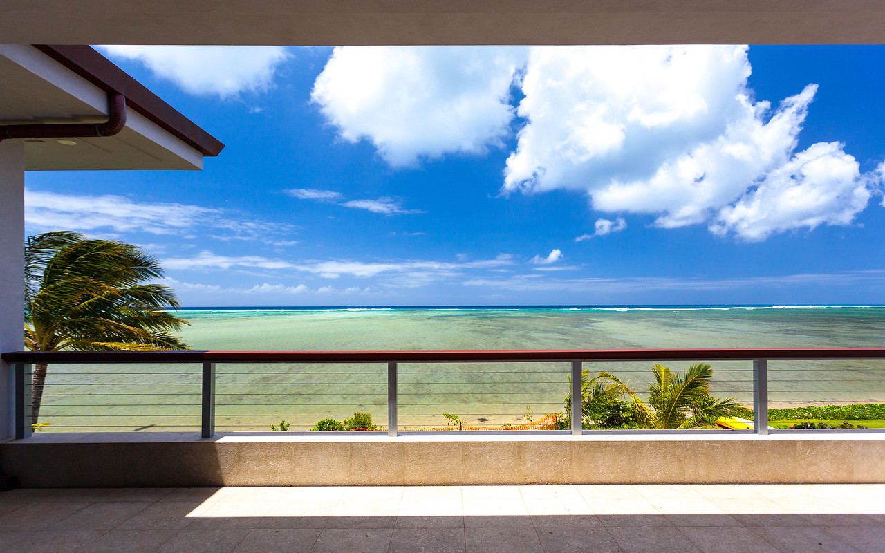 Beachside Residence