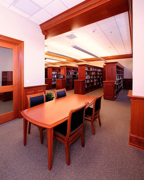 APUS Academic Center, MSB Architects 1/ 15s, at f/8 || E.Comp:0 || 14mm || WB: COOL WHT FL 0. || ISO: 400 || Tone:  || Sharp:  || Camera: NIKON D700on: 2011:05:10 16:39:52
