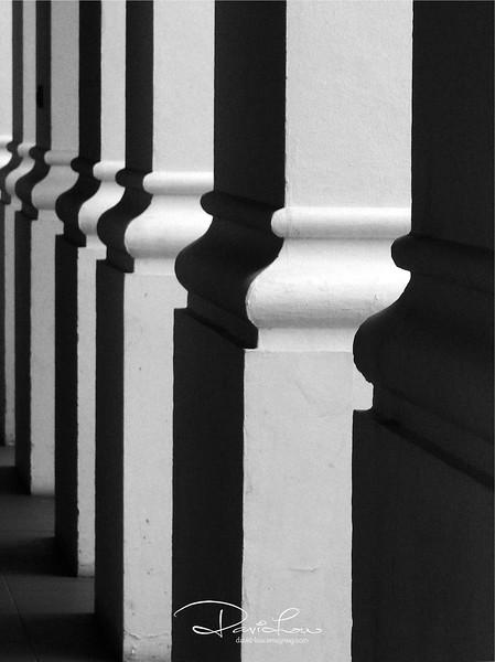 Columns at Clark Quay