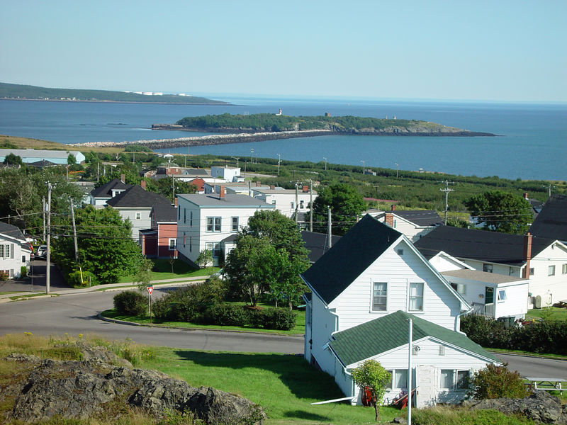 Houses along the coast of New Brunswick