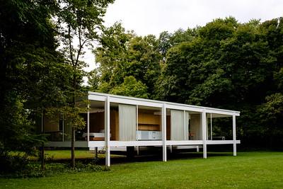 Mies van der Rohe - Farnsworth House