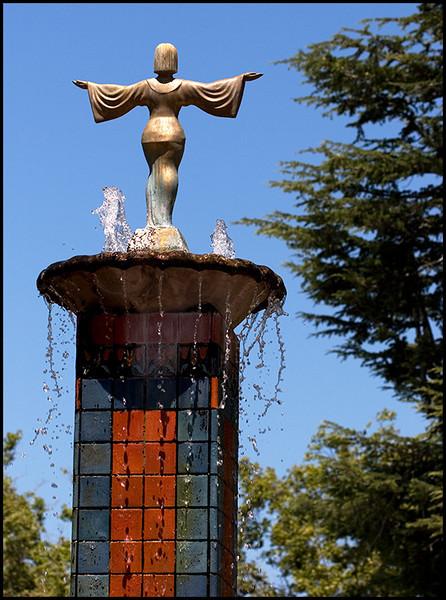 <center><i>Fountain Goddess</i>, #9482</center>