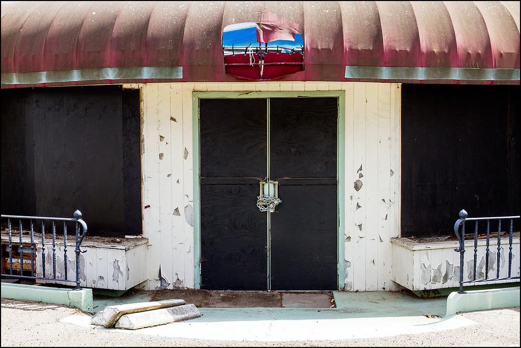 <center><i>Santa Barbara, Closed, </i></center>#2596-7D