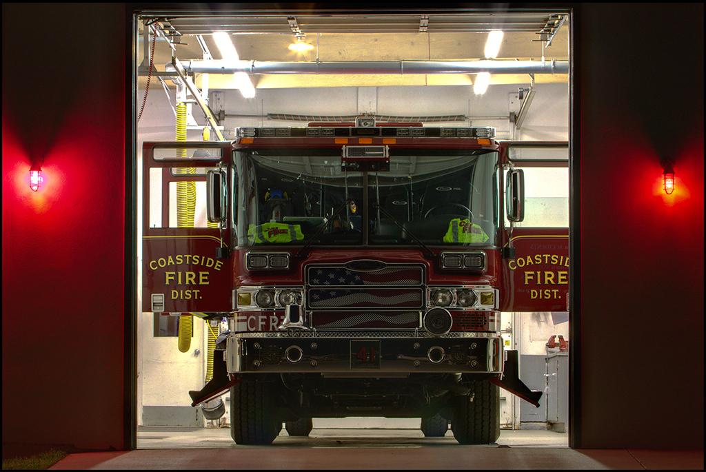 <center><i>Half Moon Bay Fire Station</i></center>#9913/9914/9917-7D (composite)