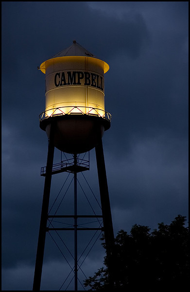 <center><i>Campbell Water Tower</i>, #0987</center>