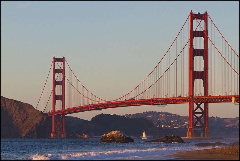 <center><i>Golden Gate Sunset from Baker Beach</i></center>#0482-7D
