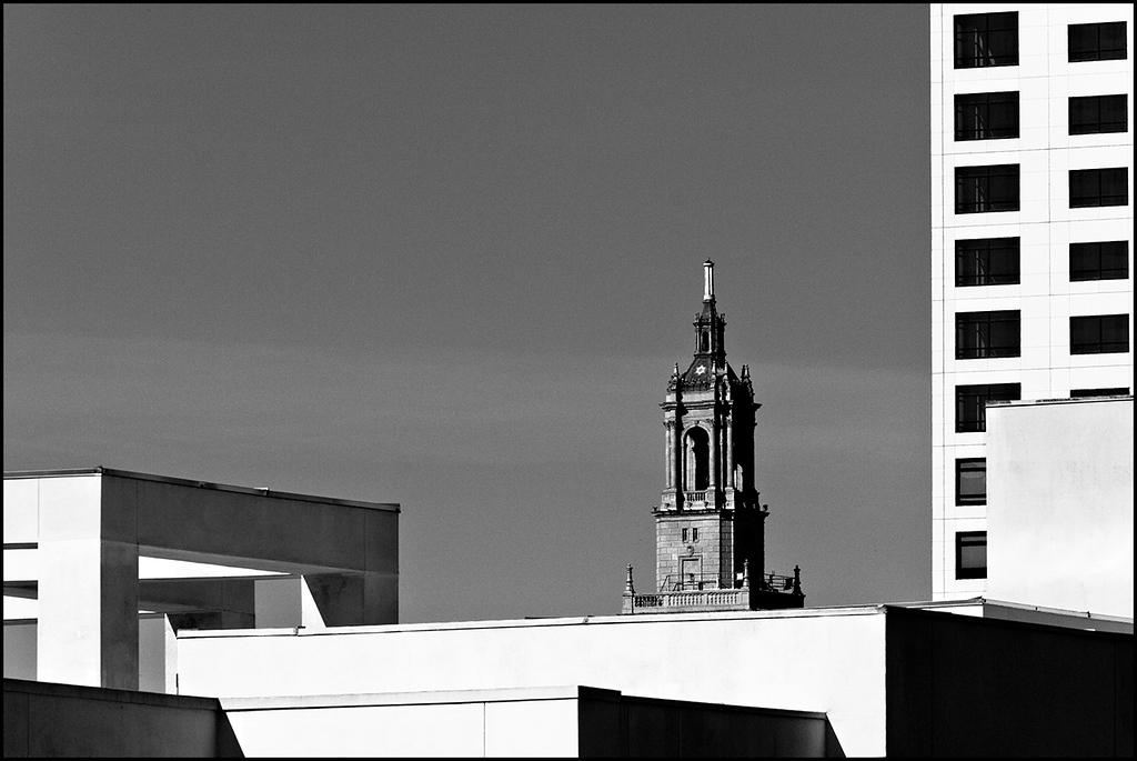 <center><i>Bank Of America Building (Encroachment), </i></center>#3927-20D