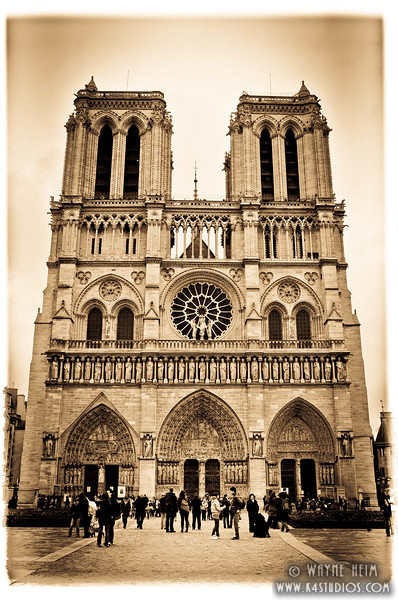 Notre Dame de Paris -- Photography by Wayne Heim