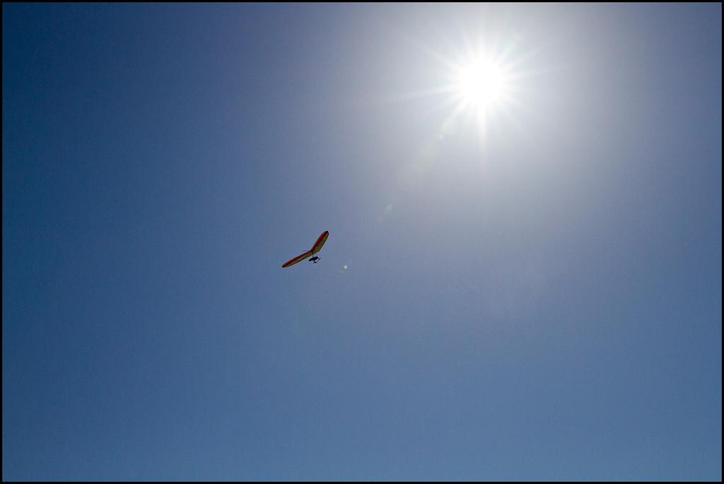 <center><i>Icarus</i></center>#4464-7D