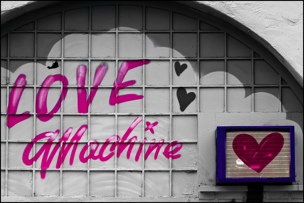 <center><i>Love Machine</i>, </center>#6412-7D