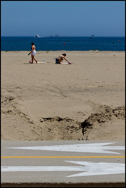 <center><i>Santa Barbara (Asynchonicity)</i>, </center>#6897-7D