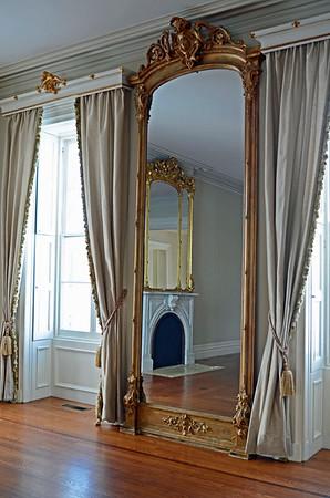 Salon Room @ Brecknock Hall