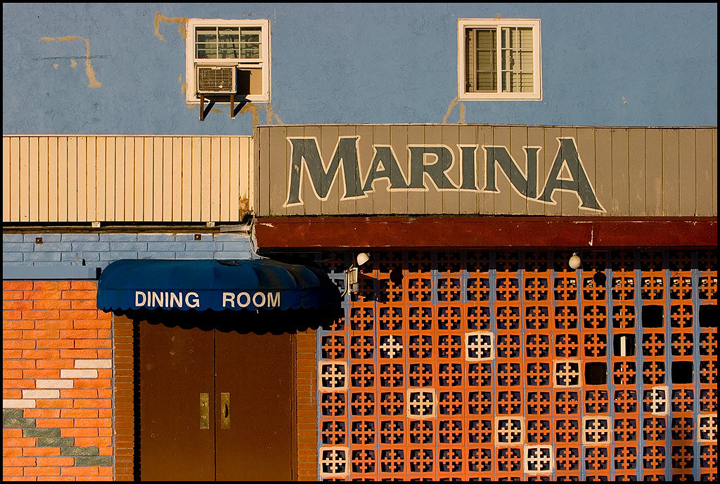 <center><i>Marina Dining Room, Alviso (Window Seating), </i>, #4347</center>