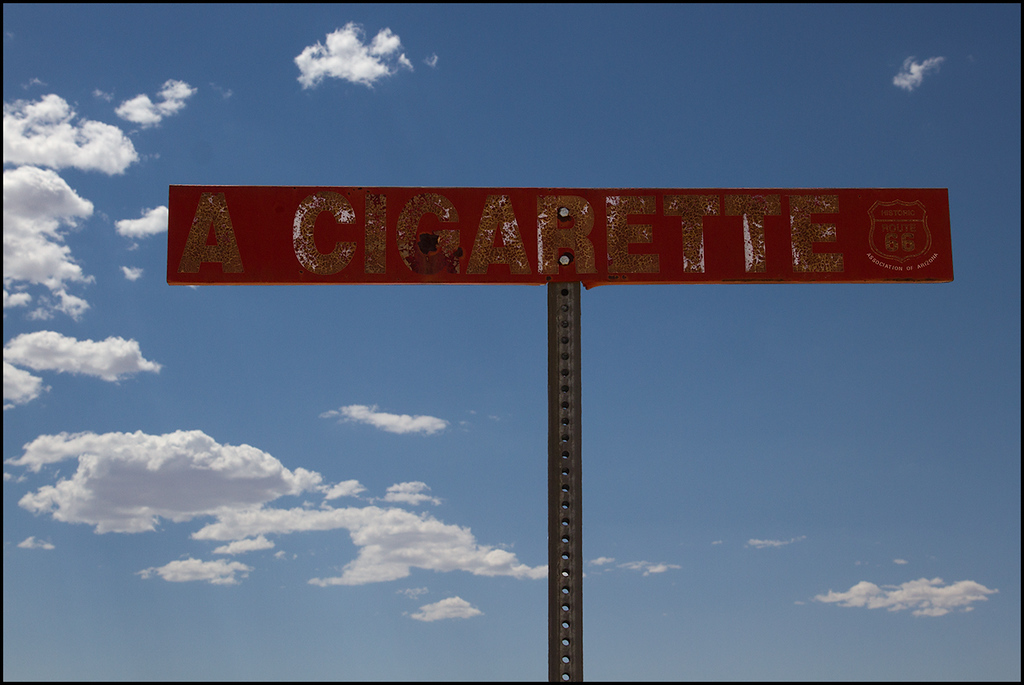 <center><i>Kingman, AZ, A Cigarette sign</i></center>#5632-7D