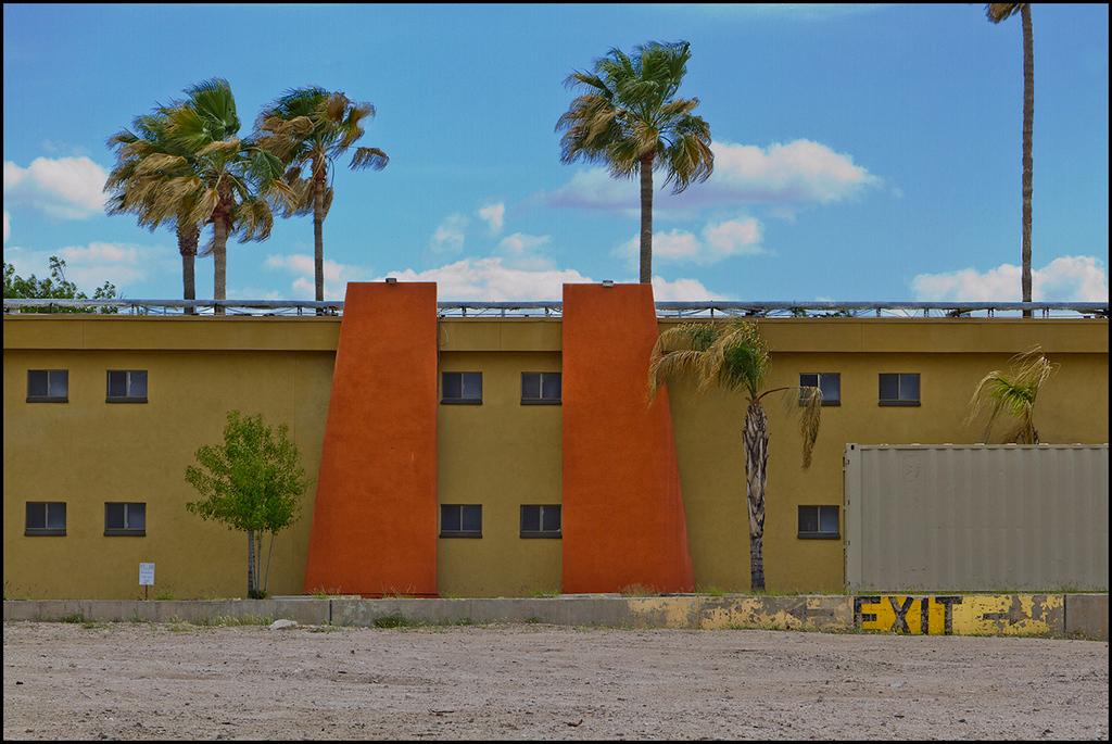 <center><i>EXIT, Tucson</i></center>#3288-7D