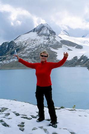 Hiking in Switzerland, Griessee, Griessletscher