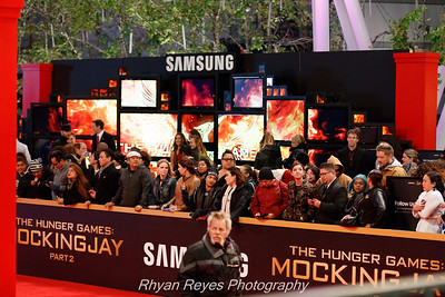 The_Hunger_Games_Mockingjay_Part_2_LA_Premiere_IMG_0010_RRPhotos