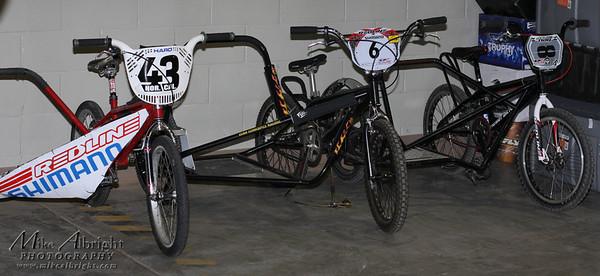 Sidehacks ready to race.