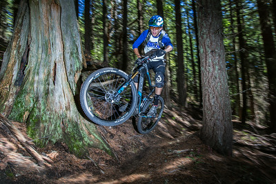 Jeremiah Newman, OEM coordinator at WTB came up from Californai to play in the Oregon woods and came back with 6th in Elite Men.