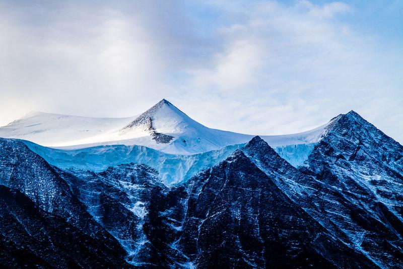 Snow Peaks, Karrat Fjord