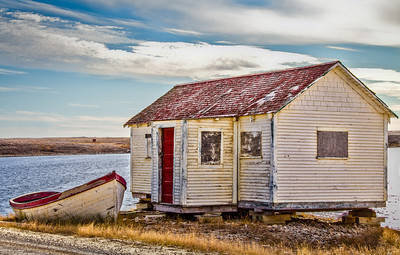 Red, Cambridge Bay