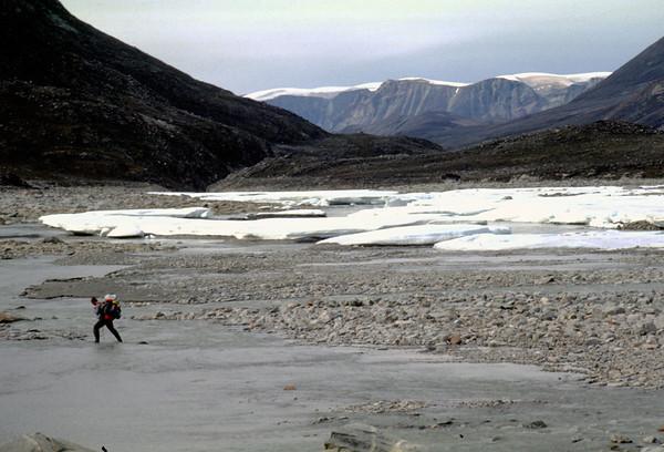 Crossing Nuqssuaq's inner barren grounds