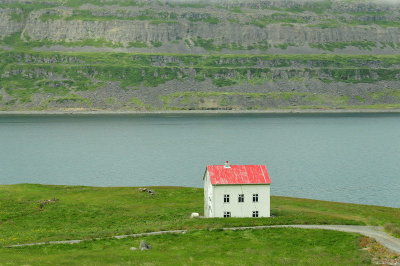 Broken house, Isafjördurdjup, NW fjords