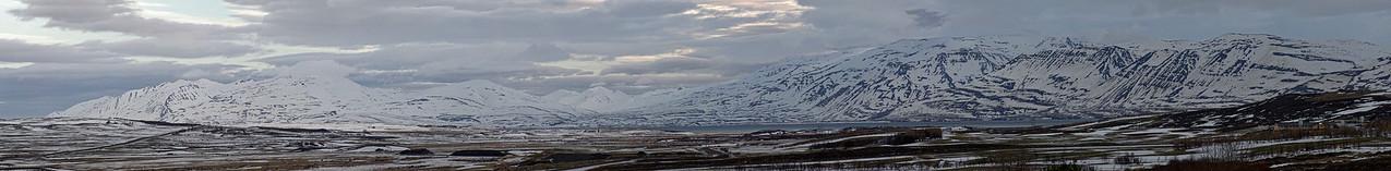 Hörgardalur close to junction road 1 and 82 looking East to Flateyjarskagi