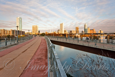 Pfluger Pedestrian Bridge and Downtown Austin