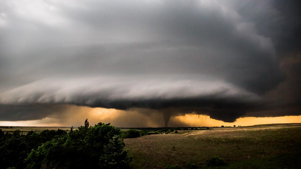 EF4 Tornado 5/25/16 - Geary County, KS