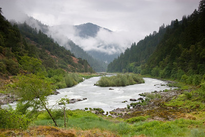 Page 37 - Wet spring trips offer dynamic weathe and beautiful misty mornings. - Wildcat Rapid.