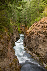 Page 21 - Takelma Gorge, a short class V series of 5 rapids along the upper river.