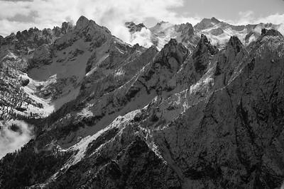Tohobit to Grandjean Peaks
