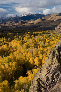 Ibex (left) and Kent Peak (right) stand watch over the turning colors of autumn.