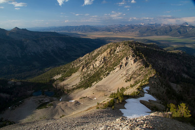 Looking north on the Sawtooth Valley and the White Cloud Peaks from Eureka Peak.