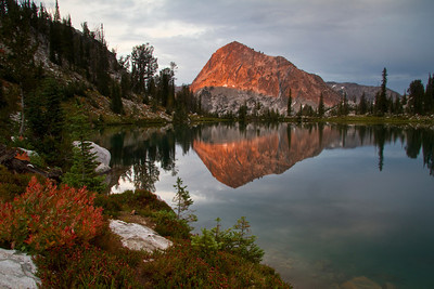 Mt Everly sunset from lake 8696