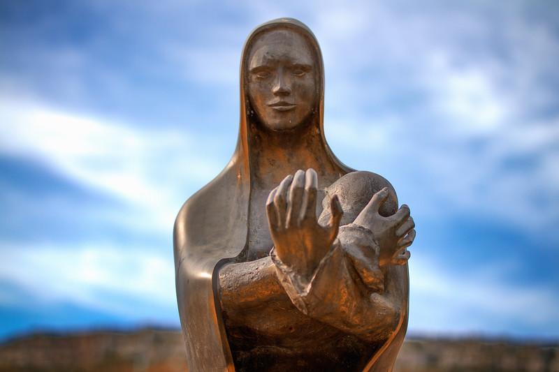 Statue en bronze de la Vierge Marie © Verlinden