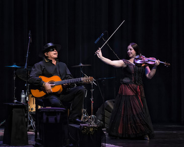 Esteban y Teresa Joy