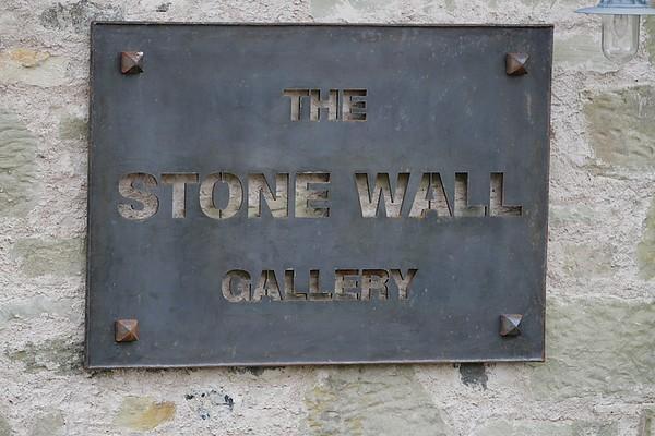 Stone Wall Gallery 5790