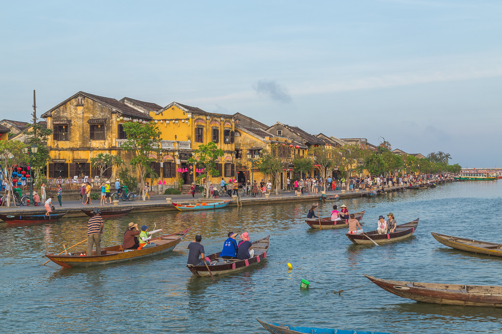 Architecture and boats in Hoi An Ancient Town during the day