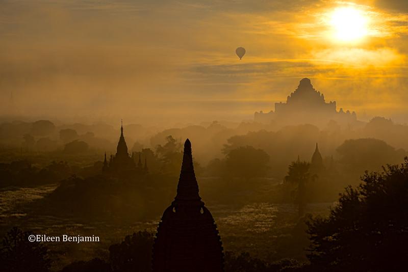 Balloons over Shwesandaw Pagoda - Bagan