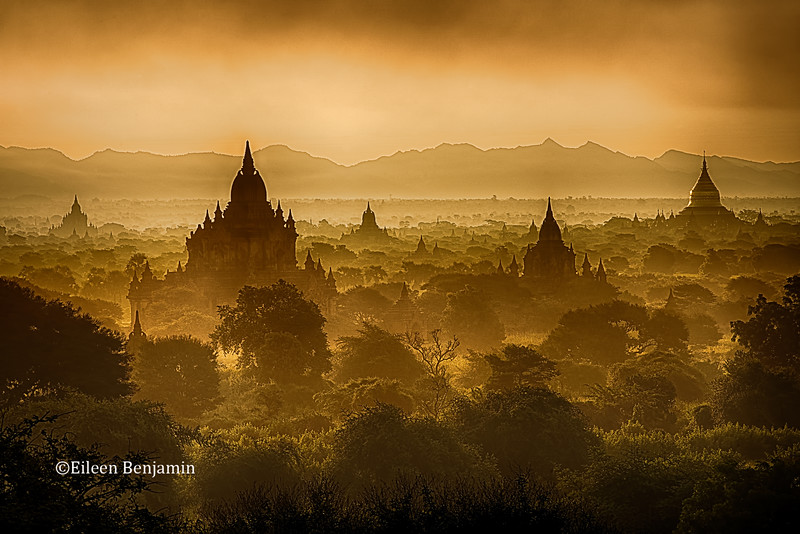 Sunrise at Shwesandaw Pagoda - Bagan- Bagan